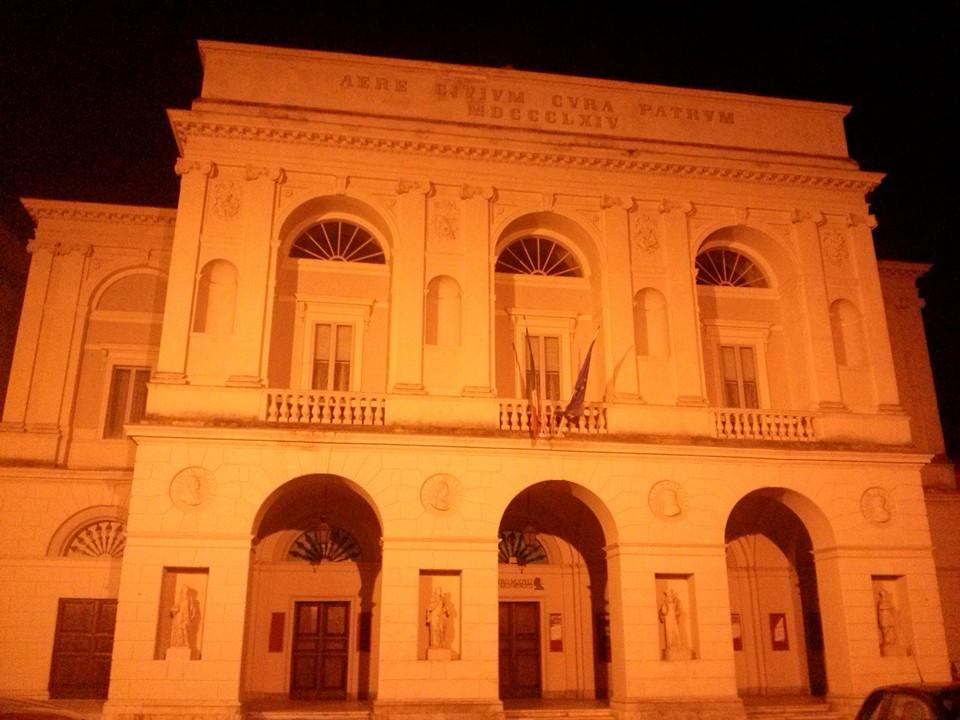 Iniezione di resina idroespansiva Teatro Nuovo Spoleto ( PG )